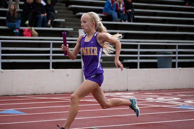 Female runner from Sumner High School.